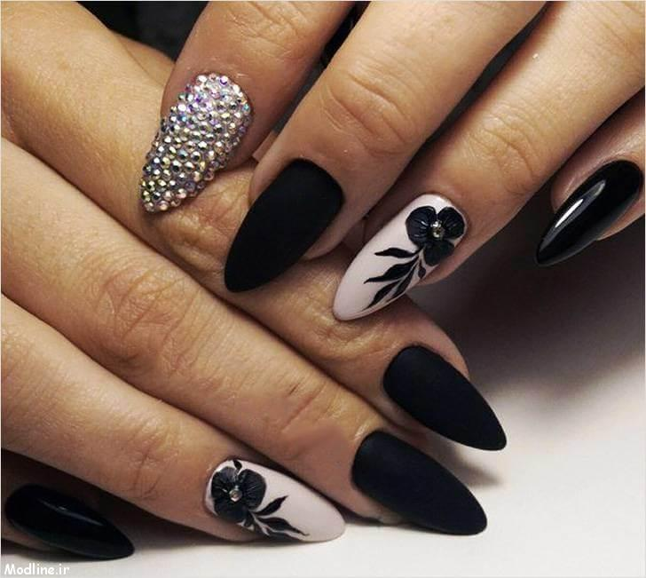 10-black-nail-polish