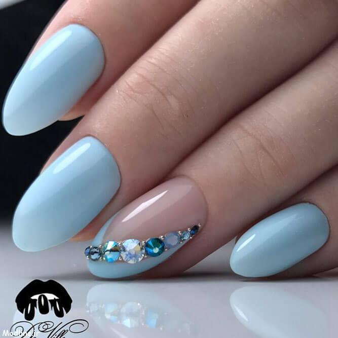 08-blue-nail-polish