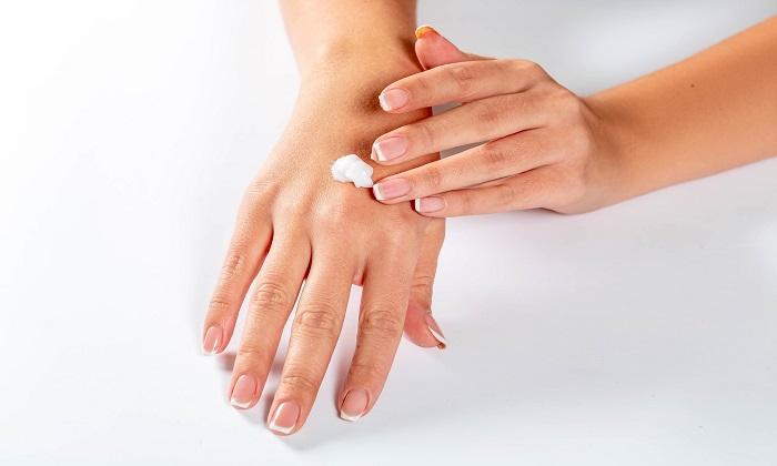 دلایل کم آبی پوست و خشک شدن پوست